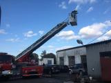 Hasiči vyjížděli k požáru dřevní štěpky v Bezděkově pod Třemšínem (7)