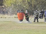 Hasiči cvičili likvidaci požáru se závěsným bambivakem (3)
