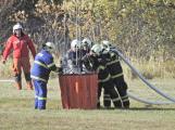 Hasiči cvičili likvidaci požáru se závěsným bambivakem (7)