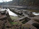 Orlík odhalil zatopené vesnice ()