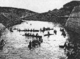 Orlická přehrada vzala domov tisícům lidí. Ti se nemohli bránit, a tak jen čekali (5)