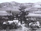 Orlická přehrada vzala domov tisícům lidí. Ti se nemohli bránit, a tak jen čekali (15)