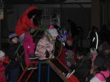 Svatý Martin dorazil do Příbrami. Děti dostaly hromadu sněhu (1)