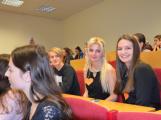 Miss sestřička: Studentky druhého ročníku zdravotnické školy přivezly do Příbrami čtvrté místo (1)