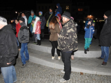 Příbramské náměstí rozzářil vánoční strom (13)