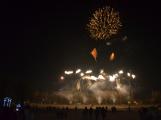Čertovský Novák přilákal tisíce návštěvníků. Velkolepý ohňostroj nadchl přihlížející (16)