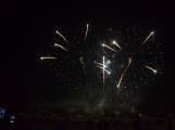 Čertovský Novák přilákal tisíce návštěvníků. Velkolepý ohňostroj nadchl přihlížející (14)