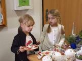 Vánoční jarmark zaplnil školu (2)