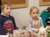 Vánoční jarmark zaplnil školu (6)