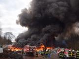 Požár v Sedlčanech napáchal škodu za dva miliony. Příčinou zahoření bylo samovznícení (9)