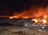 Požár v Sedlčanech napáchal škodu za dva miliony. Příčinou zahoření bylo samovznícení (5)