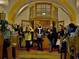 Dudy doprovodily sborový zpěv v kostele (40)
