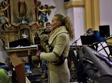 Dudy doprovodily sborový zpěv v kostele (37)