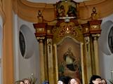 Dudy doprovodily sborový zpěv v kostele (57)