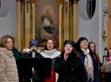 Dudy doprovodily sborový zpěv v kostele (54)