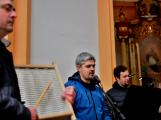 Dudy doprovodily sborový zpěv v kostele (49)