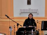 Dudy doprovodily sborový zpěv v kostele (48)