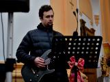 Dudy doprovodily sborový zpěv v kostele (28)