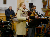 Dudy doprovodily sborový zpěv v kostele (8)