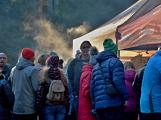 Stovky lidí vystoupaly první den roku na vrchol Třemšína (51)