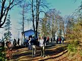 Stovky lidí vystoupaly první den roku na vrchol Třemšína (43)