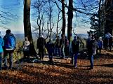 Stovky lidí vystoupaly první den roku na vrchol Třemšína (6)