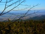 Stovky lidí vystoupaly první den roku na vrchol Třemšína (1)