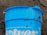 Pneumatiky, železo, plasty. Orlík kromě zatopených vesnic odhalil i hromady odpadu (3)