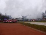 Plameny pohltily budovu restaurace v kempu u Věšína, hasiči vyhlásili druhý stupeň poplachu (27)