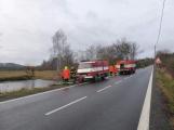 Plameny pohltily budovu restaurace v kempu u Věšína, hasiči vyhlásili druhý stupeň poplachu (37)
