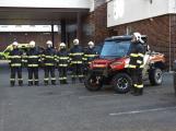 Hasiči uvedli do provozu novou čtyřkolku. Její součástí je vysokotlaké hasicí zařízení (10)