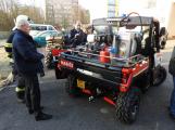 Hasiči uvedli do provozu novou čtyřkolku. Její součástí je vysokotlaké hasicí zařízení (3)