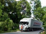Opatrně cestou na Hluboš, došlo zde ke dvěma nehodám (1)