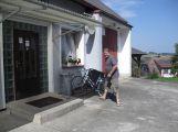V Petrovicích u Sedlčan mají už druhým rokem jízdní kola pro lidi zadarmo ()