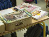Přibližně 480 dětí dnes poprvé zasedlo do školních lavic (2)
