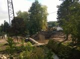 Most přes Litavku padl, voda teče rourou ()