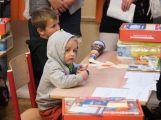 Prvňáčci poprvé zasedli do školních lavic (6)