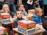 Prvňáčci poprvé zasedli do školních lavic (5)