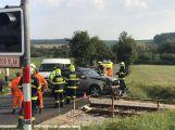 Další nehoda u Březnice. Na železničním přejezdu se srazil vůz s lokomotivou (4)