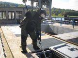 Policisté hledali výbušninu ve vodní elektrárně Kamýk (2)