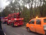 Aktualizováno: Silnice do Prahy byla uzavřena, havaroval zde kamion (2)
