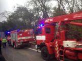 Aktualizováno: Silnice do Prahy byla uzavřena, havaroval zde kamion (4)