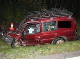 Viník nehody skončil s těžkým zraněním v nemocnici ()