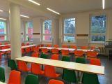Školní kuchyně v ulici Bratří Čapků byla včera slavnostně otevřena (2)