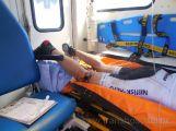 Sport může být nebezpečný. Cyklista si propíchl řídítky stehno (3)