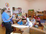 Děti ze ZŠ Jiráskovy sady se seznámily s prací policie, hasičů a armády ()