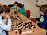 Školní družstva soutěžila v šachu ()