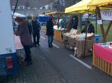 Farmářské trhy nabídly vánoční sortiment i osvědčené zboží (2)