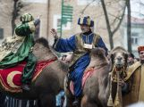 Tři krále si přišly prohlédnout stovky lidí (7)