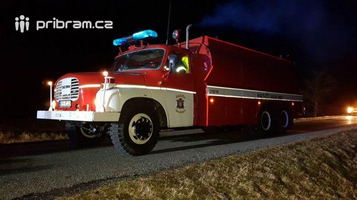 Kpožáru nákladního automobilu na silnici …
